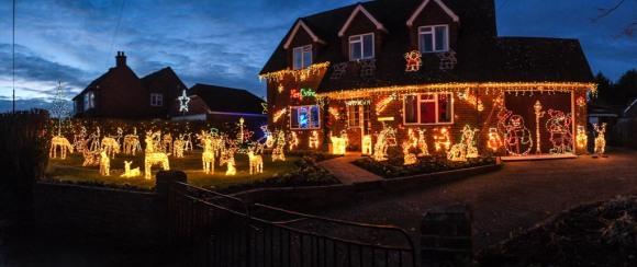 Christmas lights next door to Damian's Mum's place, Wisborough Green