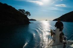 Navigating Man o' War Passage