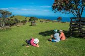 Walking on Waiheke-7762